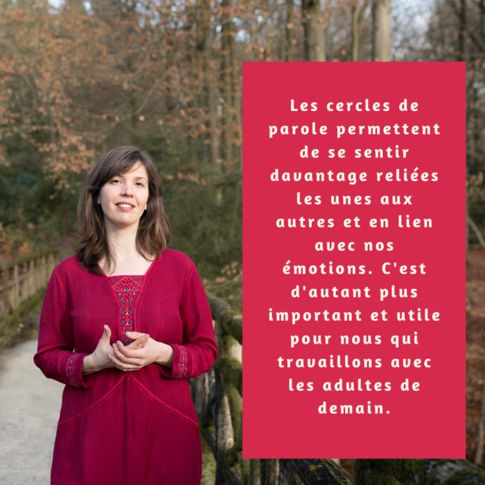 Citation Vie Jaune Femme Souriante